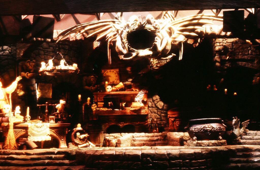 Set model, sculpted by Bob Baranick and Terri Cardinali, April, 1986 (Photo courtesy of Terri Cardinali)