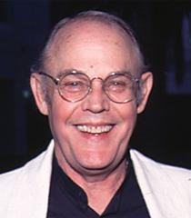 Lewis Arquette, voice of Pelinore the Owl